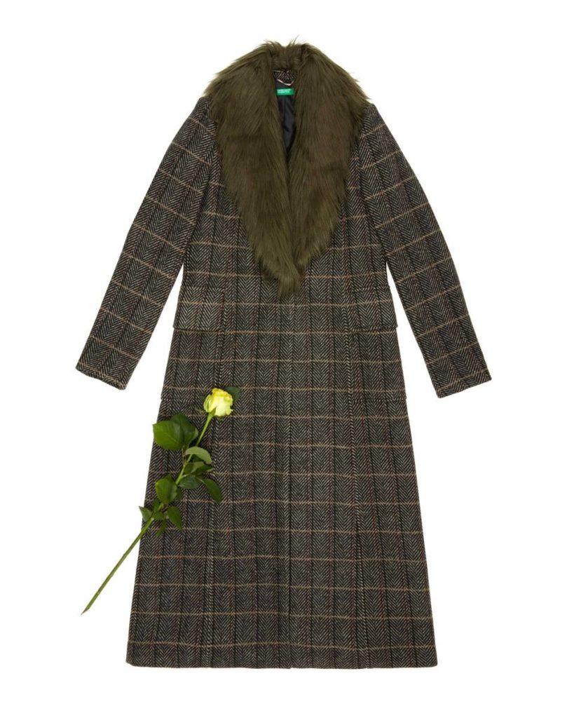 Καρό παλτό σε καφέ λαδί τόνους με γούνα στο γιακά-Benetton