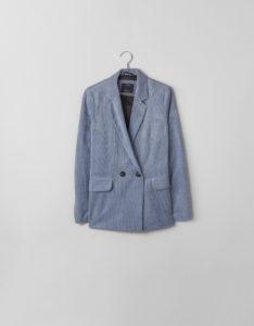 Γαλάζιο κοτλέ σακάκι, από 39.99, 27.99 ευρώ-Βershka