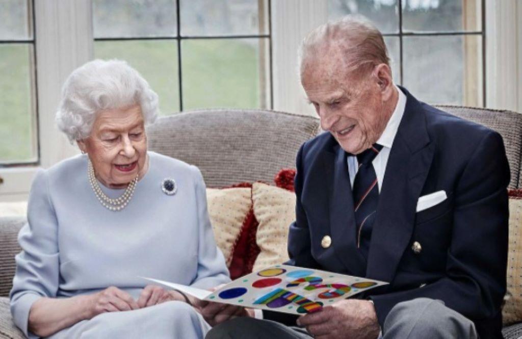 Βασίλισσα Ελισάβετ – Πρίγκιπας Φίλιππος: Η throwback φωτογραφία από τον μήνα του μέλιτός τους! | Znews